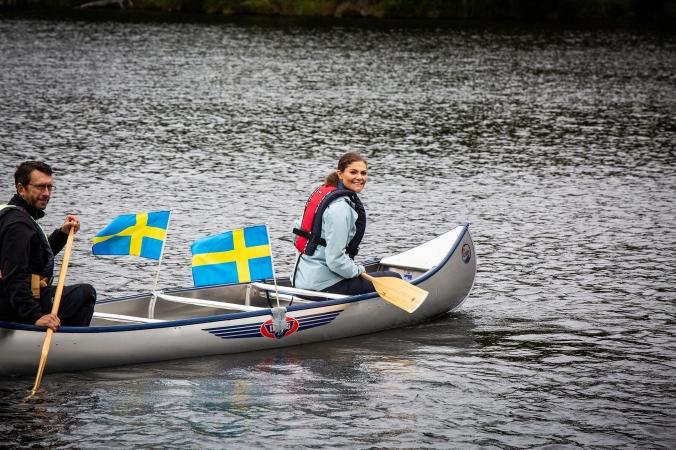 2018-08-31, Landskapsvandringar, Dalsland.Fredagen den 31 augusti besökte Kronprinsessan Dalsland för att genomföra sin trettonde landskapsvandring. Vandringen gick från Svankila naturreservat längs den dalsländska Pilgrimsleden utmed sjöarna Spå